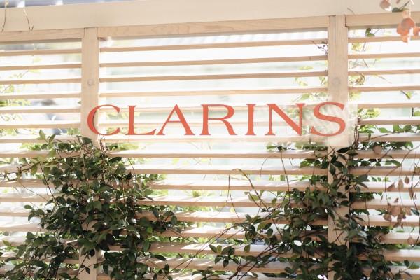 Clairns Extra-Firming Neck & Décolleté́ Launch photo 2